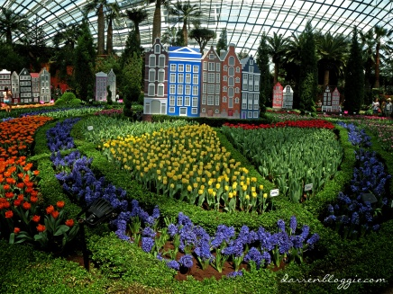 Tulipmania Returns to Gardens by the Bay!