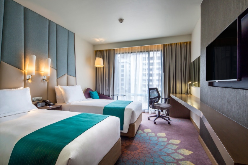 Holiday-Inn-Express-Bangkok-Sukhumvit-11_Twin-Bed