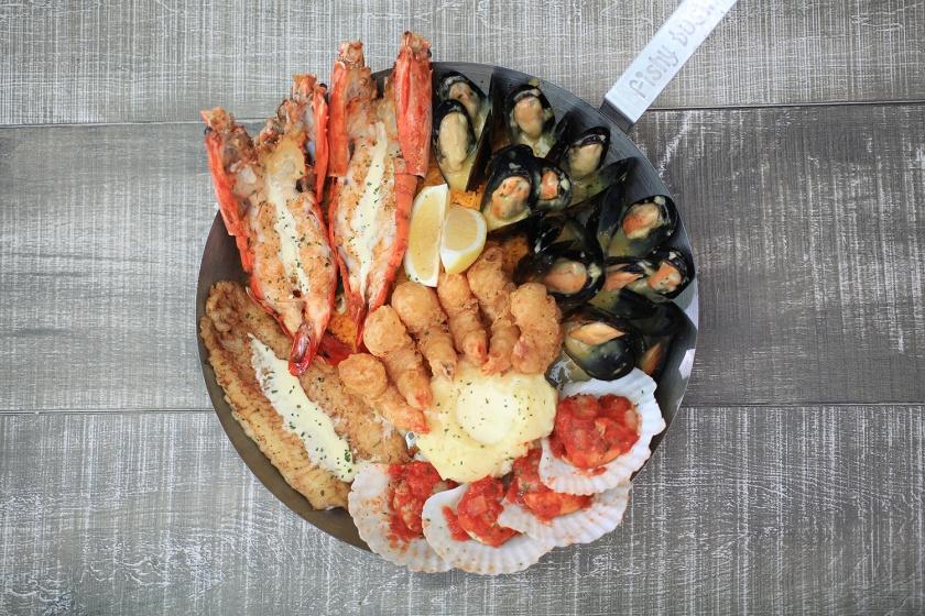 Fish-&-Co.-Love-Bounty-Meal-2